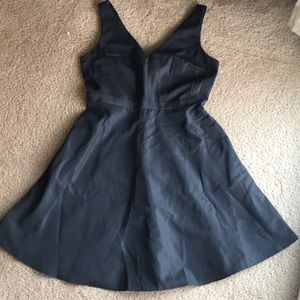 Gap double V neck fit & flare dress 8 NWT